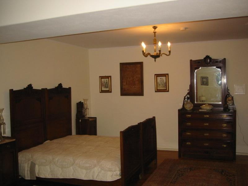 Art nouveau bed room