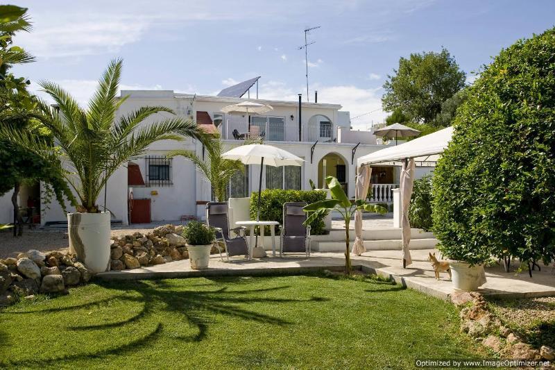 Villa Casablanca Apartment, holiday rental in Montserrat