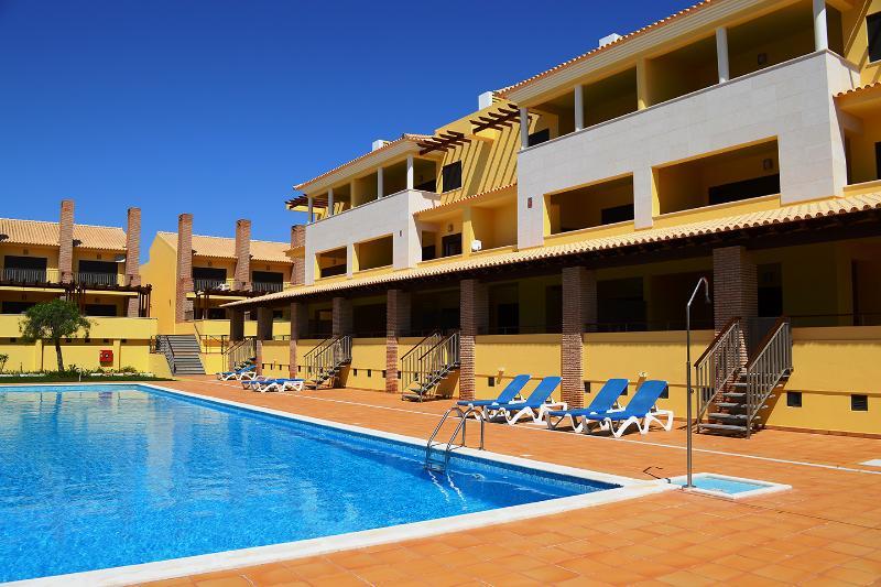 Condominio do Pinhal - 2E, holiday rental in Vilamoura