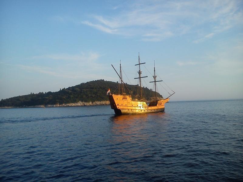 Viajes a las naves de Dubrovnik auténticas islas