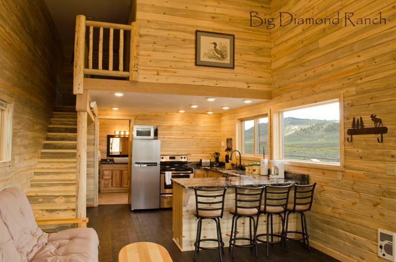 Open concept en Mountain weergave vanuit elke kamer.