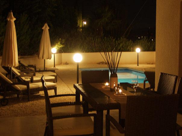 Alfresco Dining pool side