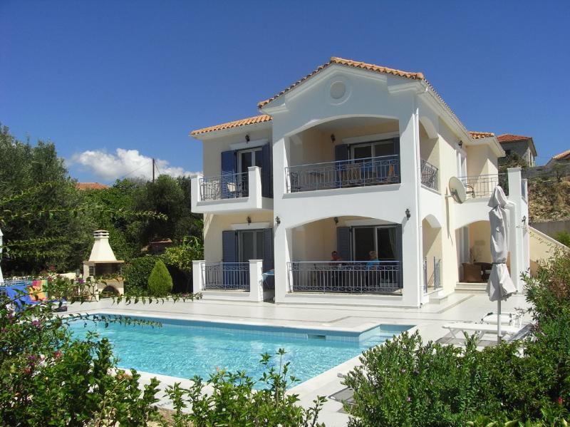Villa Heliades Apartment, aluguéis de temporada em Keramiai