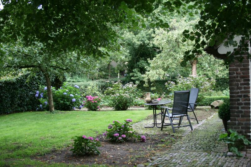 A nice garden with privacy