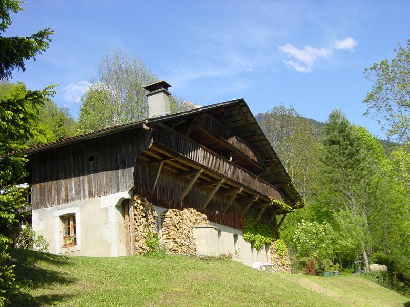 The farmhouse in Summer