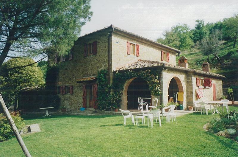garden and portico