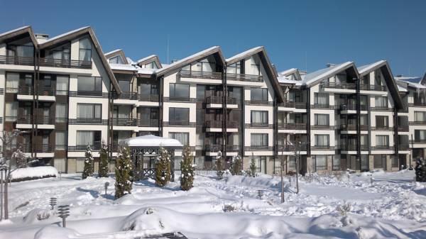 Aspen Heights-Winter snowfall