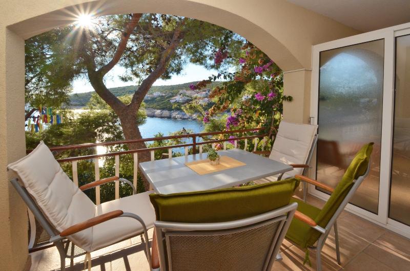 MT Residence - App Milano, holiday rental in Zavalatica