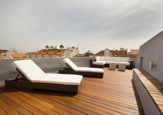 40+ square meters terrace overseeing the city