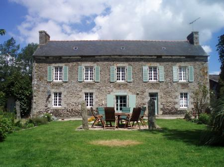 La Grande Maison, vacation rental in Plesidy