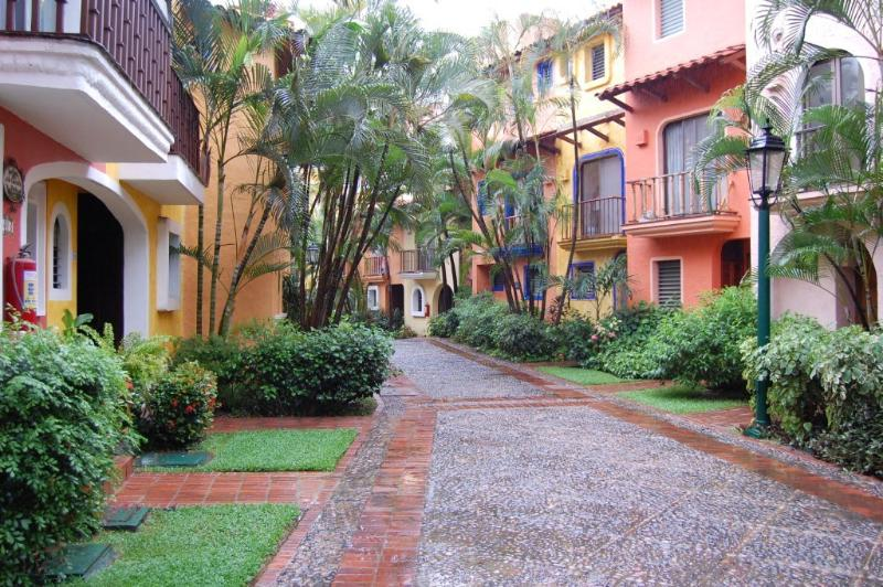 TownHome by the Marina Puerto Vallarta, M, vacation rental in Puerto Vallarta