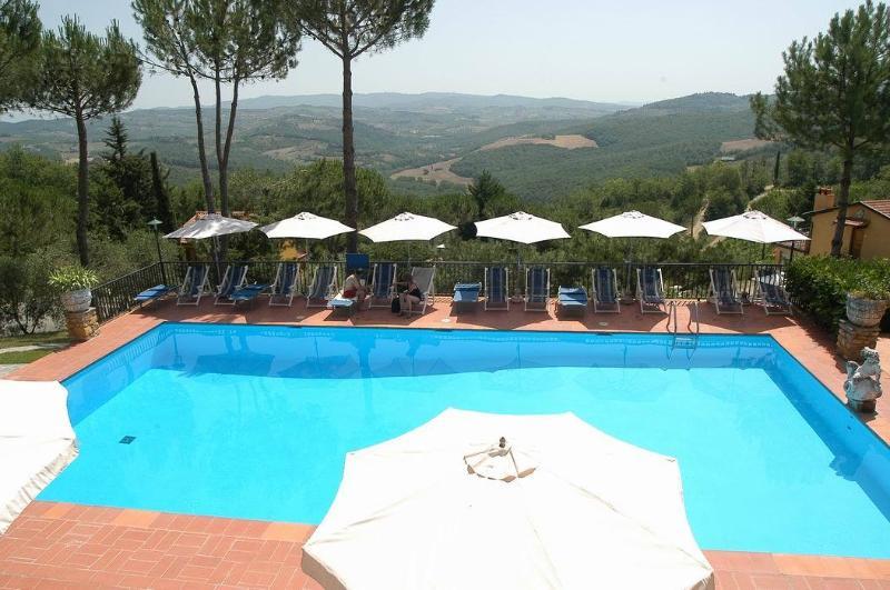 The swimming pool has splendid views!