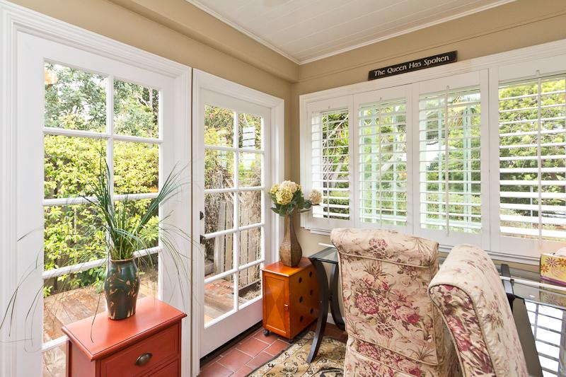 sun room off the living room