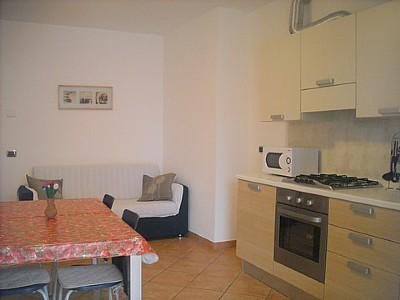 Mezzegra Villa Sleeps 4 with Pool and WiFi - 5228679, Ferienwohnung in Ossuccio