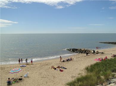 Life Guarded Sea Street Beach
