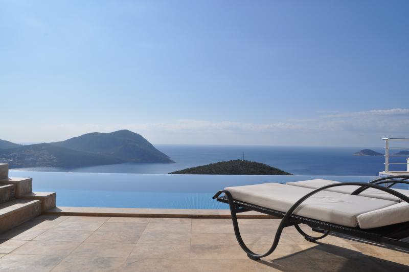 Infinity pool with uninterrupted spectacular sea and island views