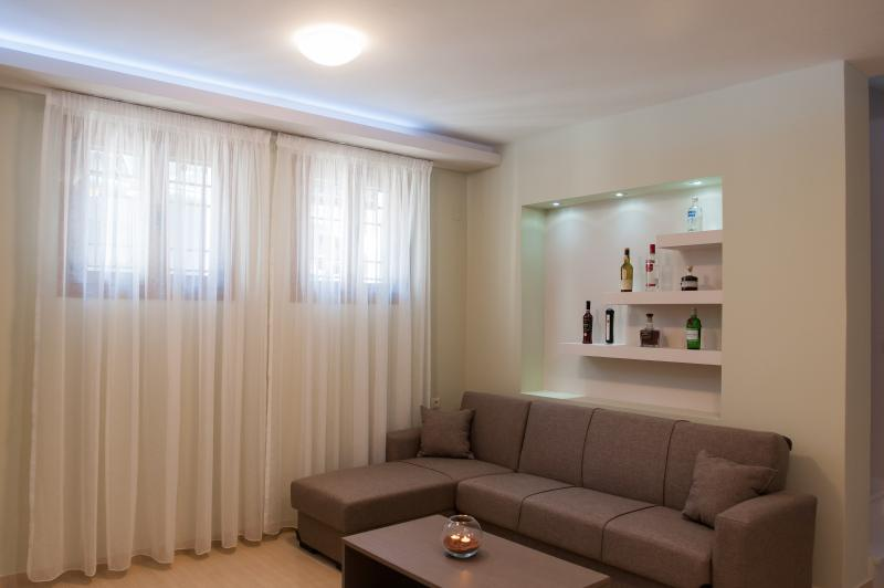 Salle de séjour de sous-sol