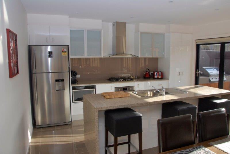 Cocina totalmente equipada con electrodomésticos nuevos