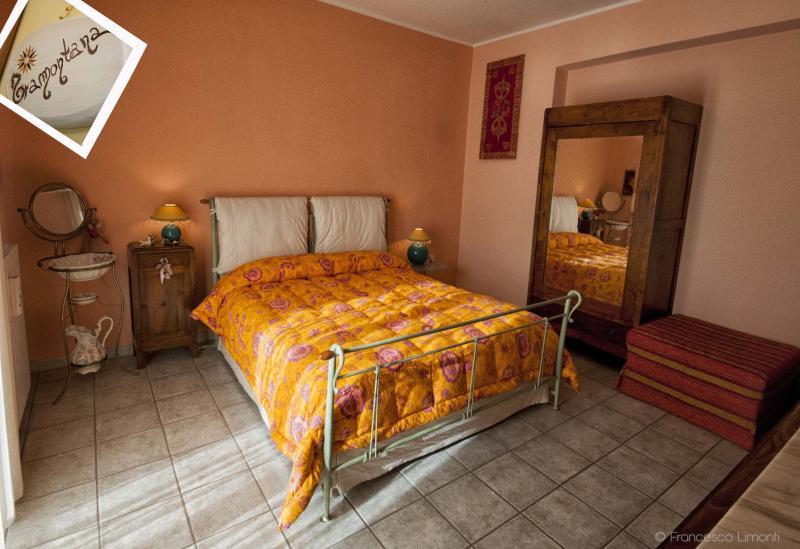 Affittacamere la rosa dei venti, vakantiewoning in Pietrapaola