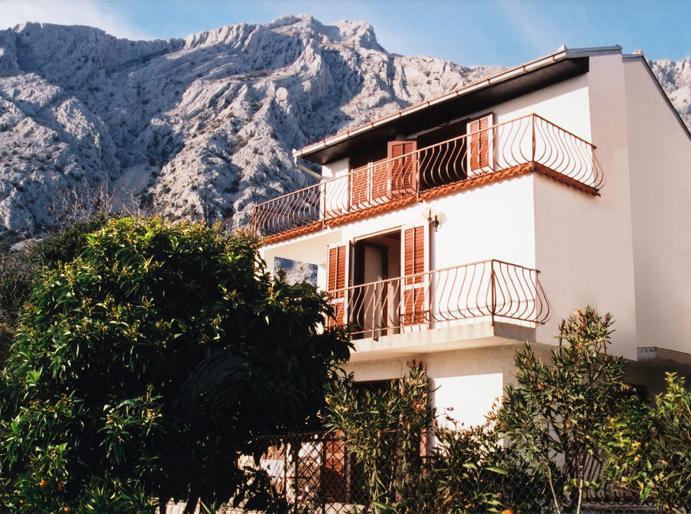 Villa St Elias