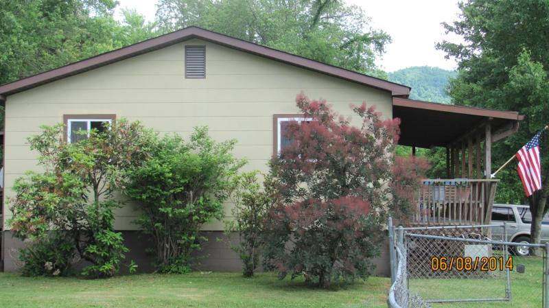 A Stone's Throw, holiday rental in Rosman