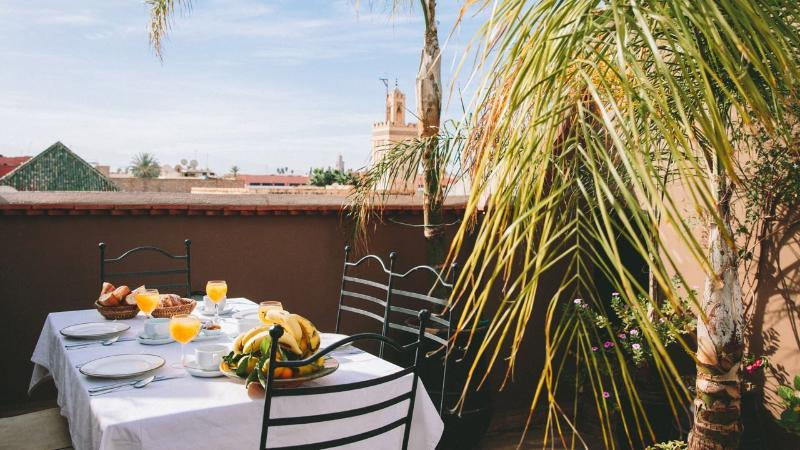 Breakfast on the sun terrace at Marrakech Riad Dar Zaman