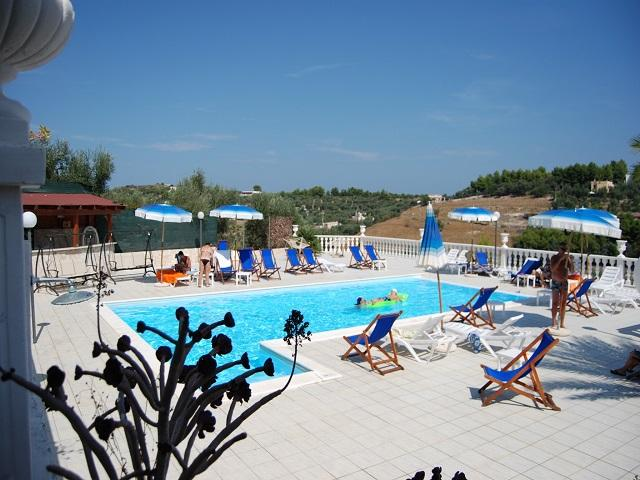 ALTHEA RESIDENCE 3 POSTI, holiday rental in Palude Mezzane