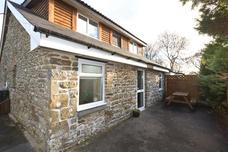 Cornflower Cottage , Gorslwyd Sound Healing Centre, vakantiewoning in Cardigan
