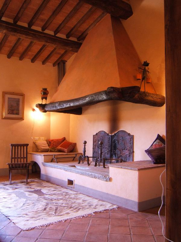 Tuscan fireplace, to get really close to the fire
