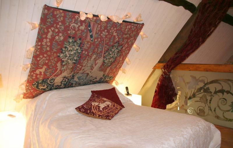 Bedroom on the Mezzanine. Double Bed + a Single bed Air Cond. for 2 or 3 children