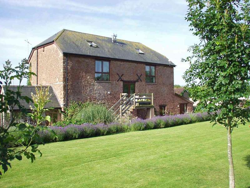 Higher House, holiday rental in Cotford St Luke