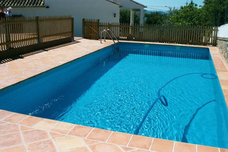 Villa El Torcal, La Higuera, Villanueva de la Concepcion, Antequera. Malaga, vacation rental in Villanueva de la Concepcion