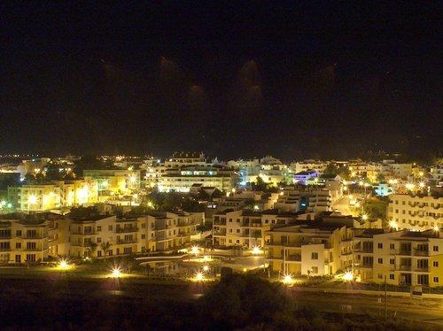 Panoramic night view of Vila da Praia Complex
