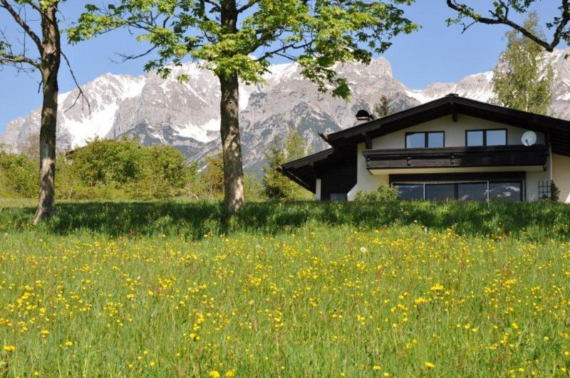 Country House Blaubeer in Summer Dachstein