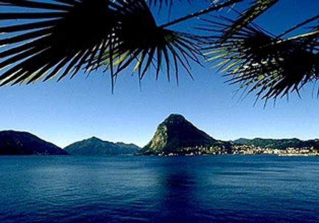 Lake Lugano - a 15 minutes walk