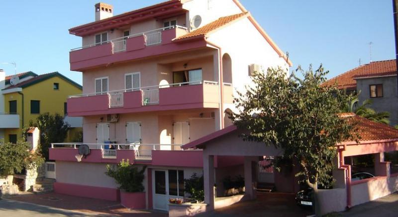 Apartments Popeye, vacation rental in Diklo