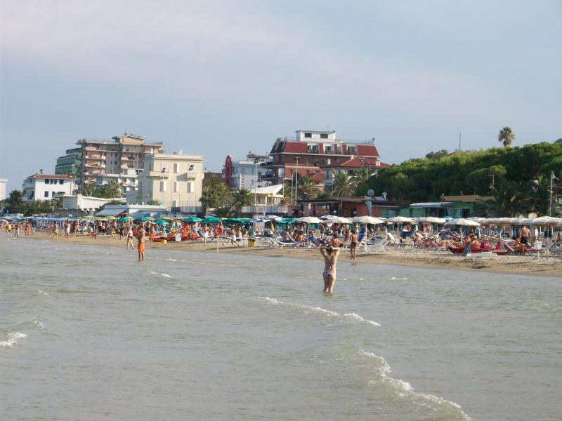 The beach at Grottamare