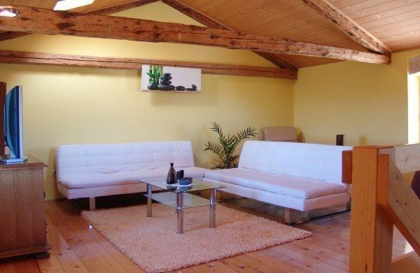 Relax living room with AC ,flat tv,satelite,private bathroom
