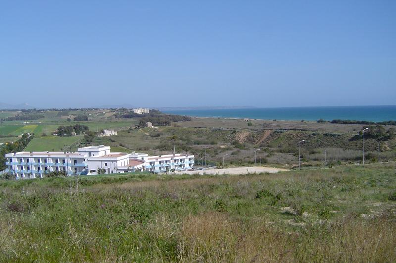 Vista panoramica di Casa Elisa' nella Valle del  Belice.
