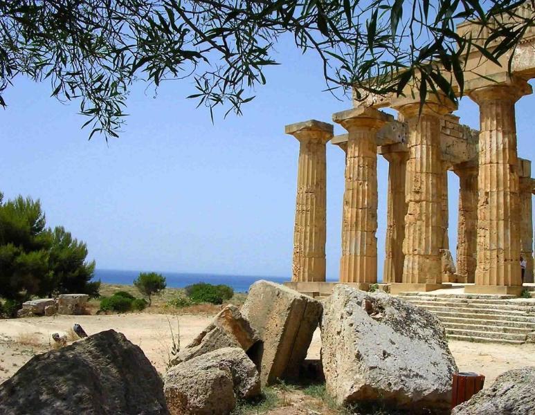 Vista templi di Selinunte.