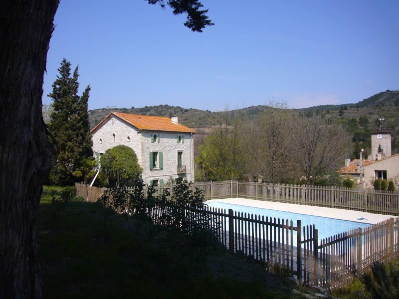 The family mansion, vacation rental in Cascastel-des-Corbieres