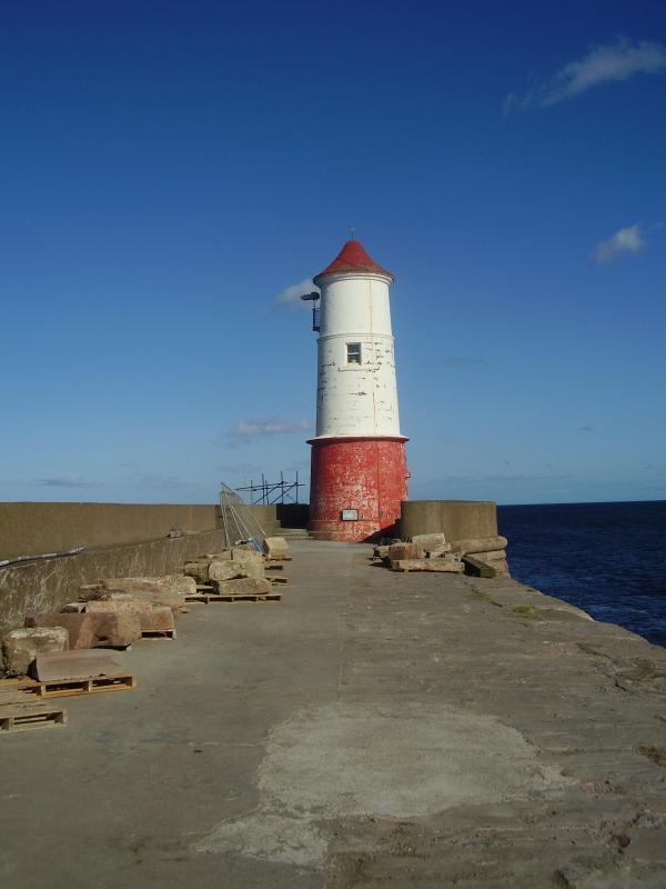 The lighthouse, Berwick-upon-Tweed pier