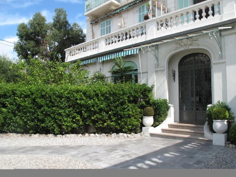Appartement rez de chaussée avec jardin privé