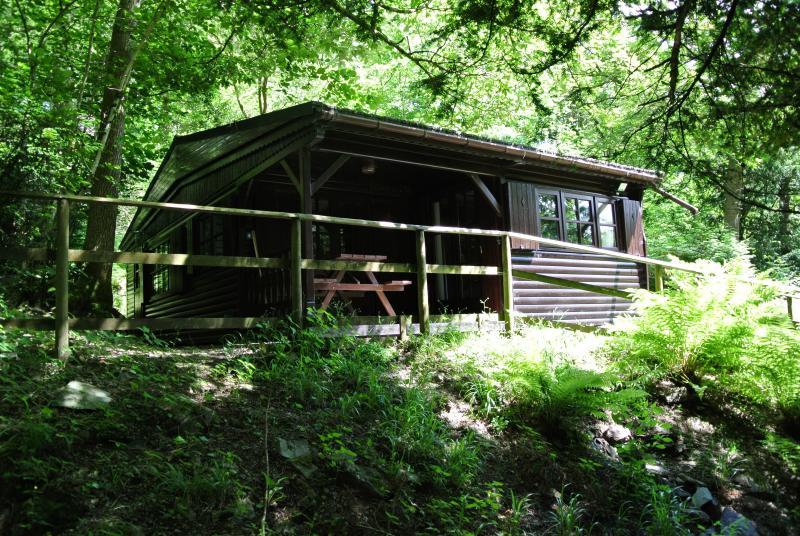 Easedale Tarn log cabin