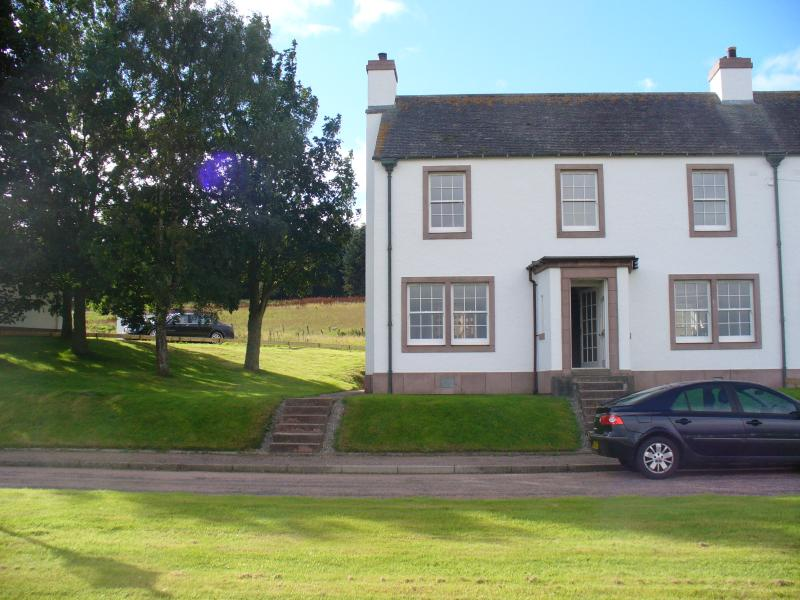 Six Trees Cottage, holiday rental in Badenoch and Strathspey