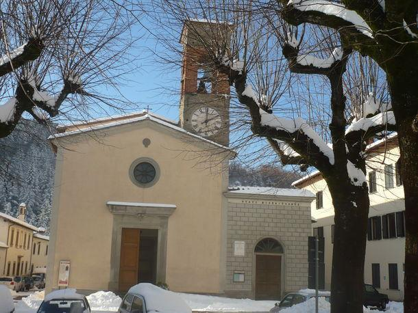 Snow 2010 - The Pratovecchio Church