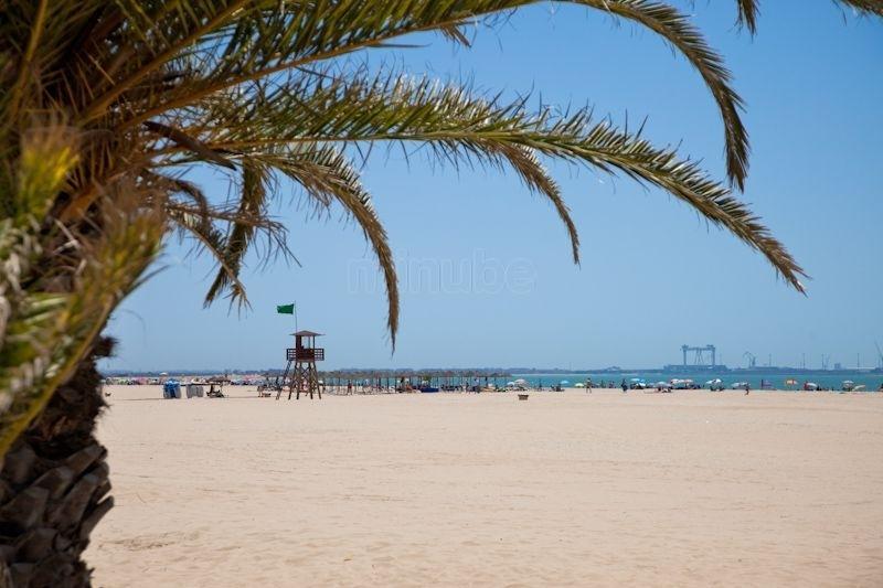 disfrute de las hermosas playas de El Puerto de Santa María