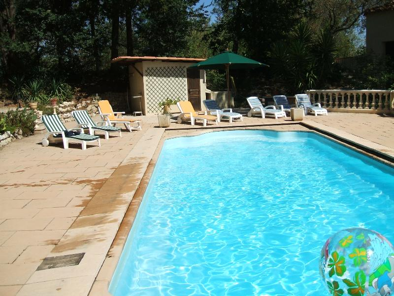 Tranquil spacious Farmhouse with large Private Pool, vacation rental in Vinassan