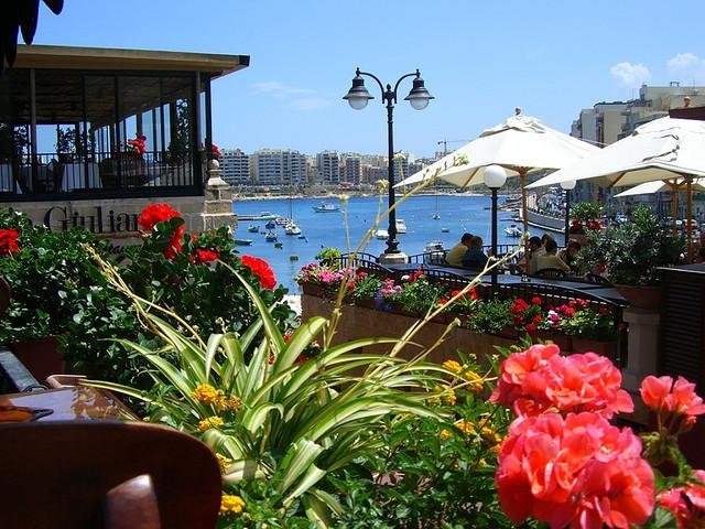 St.Julians town - Packed with local restaurants, shops, cafes, nightlife and entertainment