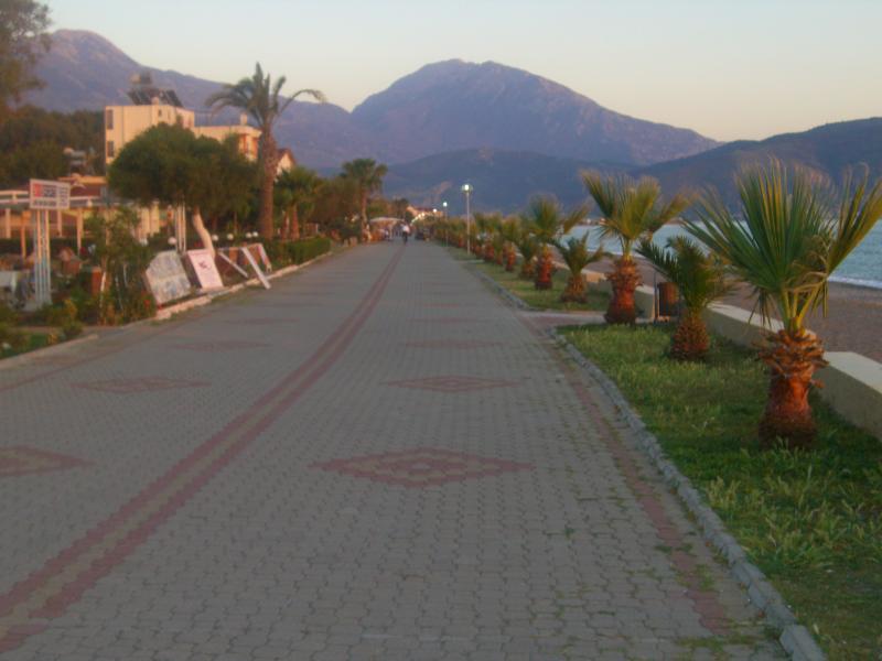 Calis Promenade